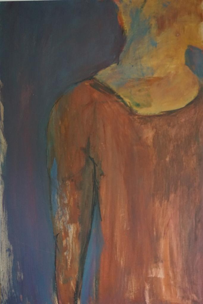 Person i rødbrunt set forfra